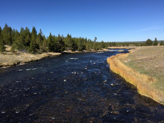 Fluviale Erosion - Definition und Typen